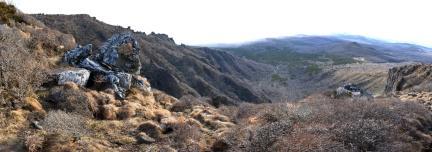 영실기암 위에서 바라본 전경
