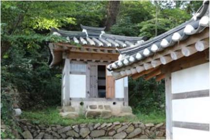 오룡묘의 임씨할머니당(군산시 향토문화유산 제19호)
