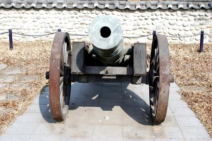 논현포대포(우측)