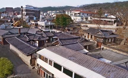 용흥궁(전경)