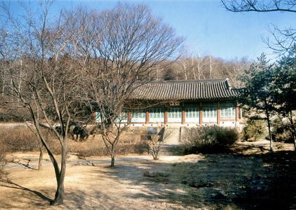 강화유수부동헌(전경)