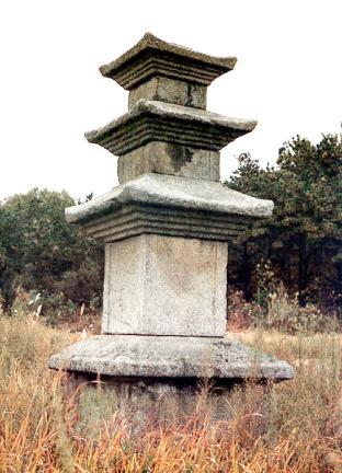 안성죽산리삼층석탑