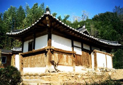 김종우가옥(측면)