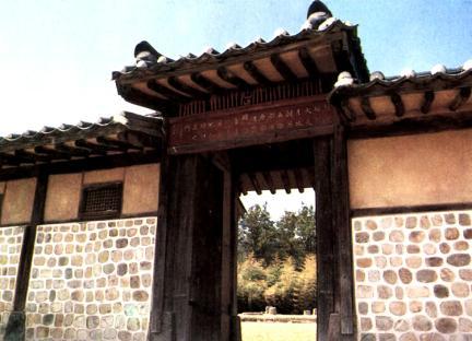 화순옹주홍문(근경)