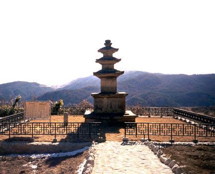 법수사지삼층석탑