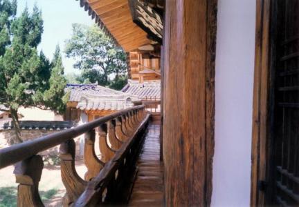 난간원죽및측면일각문