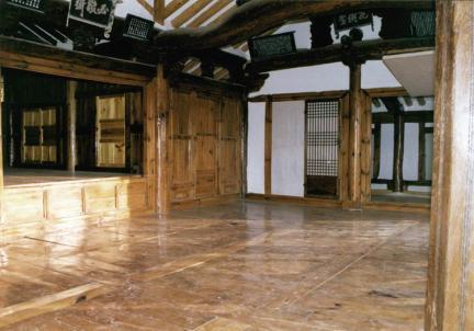 필경재내부여닫이문및화수당들문