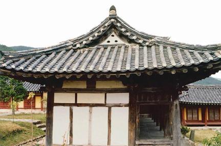 예림서원(측면)