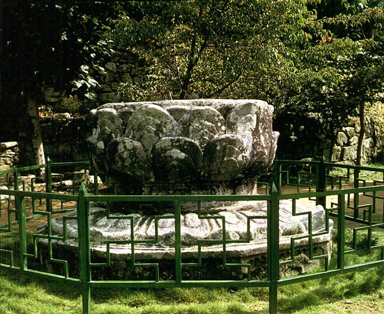 Stone Lotus Pedestal in Geumsansa Temple