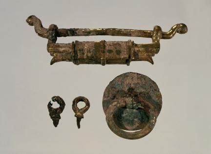 금동 자물쇠 일괄(金銅鎖金一括)