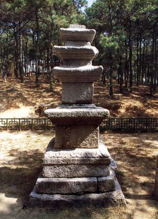 여주 창리 삼층석탑