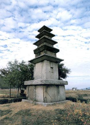안성 봉업사지 오층석탑