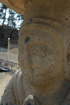 강릉 신복사지 석조보살좌상(촬영:문화재청)