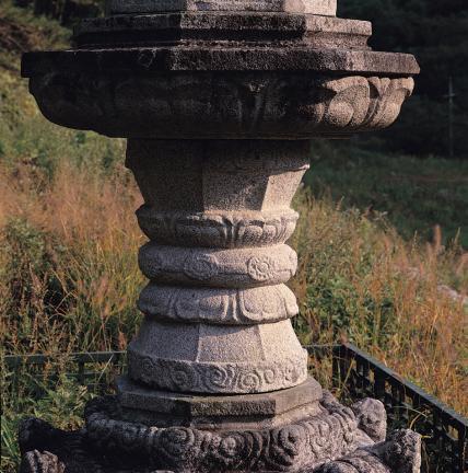 석등의 고복형 간주석