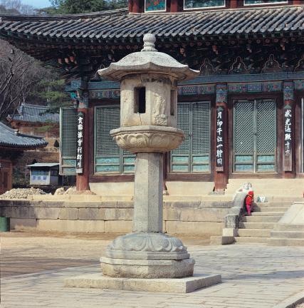 보은 법주사 사천왕 석등 측면 사진