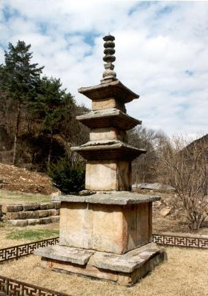 제천 신륵사 삼층석탑