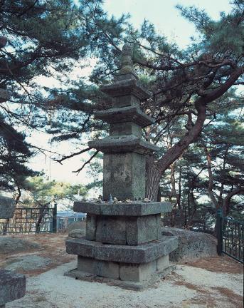 동삼층석탑