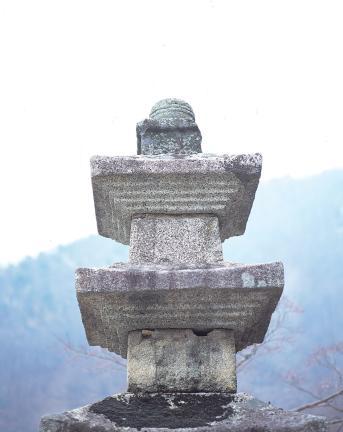 석탑삼층 탑신부와 상륜부