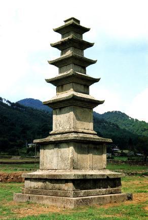 성주사지오층석탑