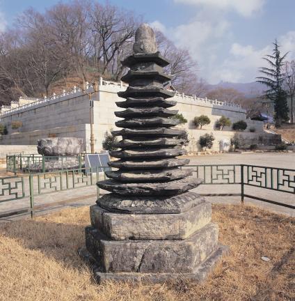 금산사 육각다층석탑
