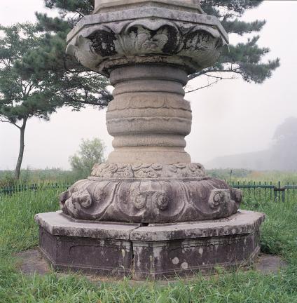 석등의 3단 형태 기단부(8각대석·연화대석, 간석, 상대석)