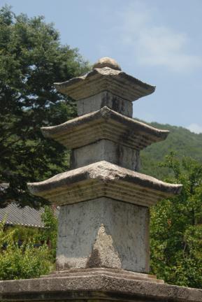 구례 연곡사 삼층석탑 상층부