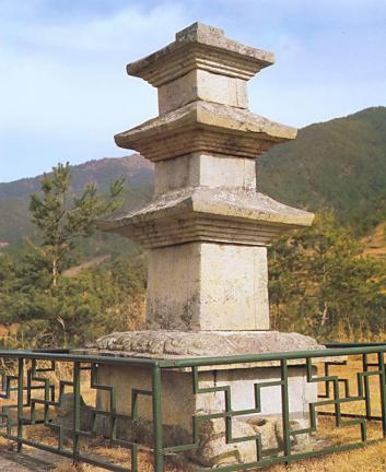 구례논곡리삼층석탑