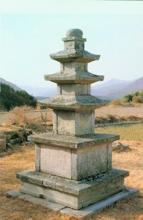 천관사삼층석탑