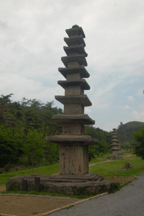 운주사구층석탑