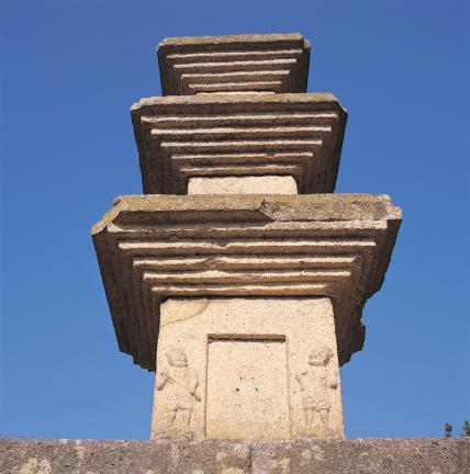 탑신부 옥개석