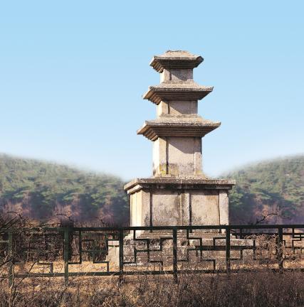 경주 효현동 삼층석탑