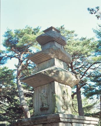 동 삼층석탑 탑신부