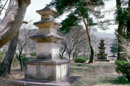 합천 월광사지 동서 삼층석탑