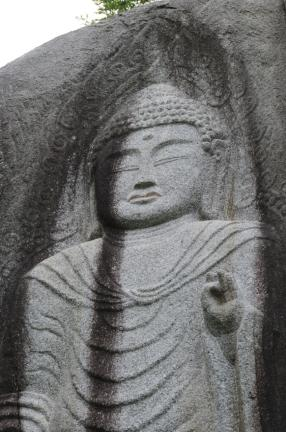 함양 덕전리 마애여래입상 (촬영:문화재청)