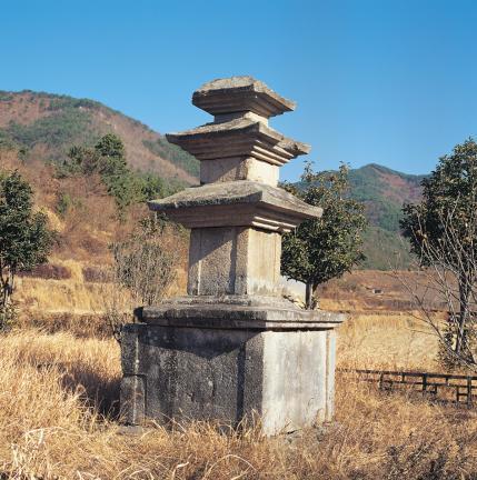 밀양 숭진리 삼층석탑