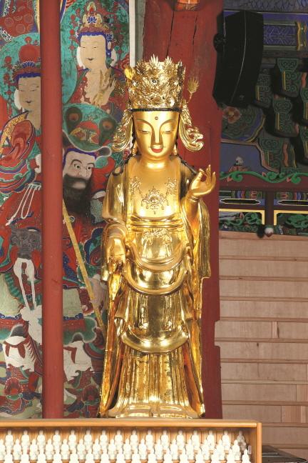 보물 제1789호 안성 청룡사 소조석가여래삼존상(2012년 국보,보물 지정보고서)